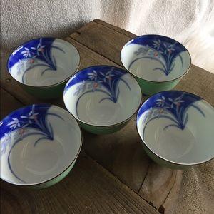 Japanese Small Bowls 💧